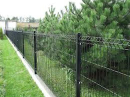 Boundary Fencing contractors using welded wire mesh material in Kerala, Palakkad, Ernakulam, Calicut